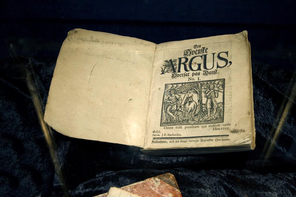 Framgången med Argus var så stor att den översattes till danska!