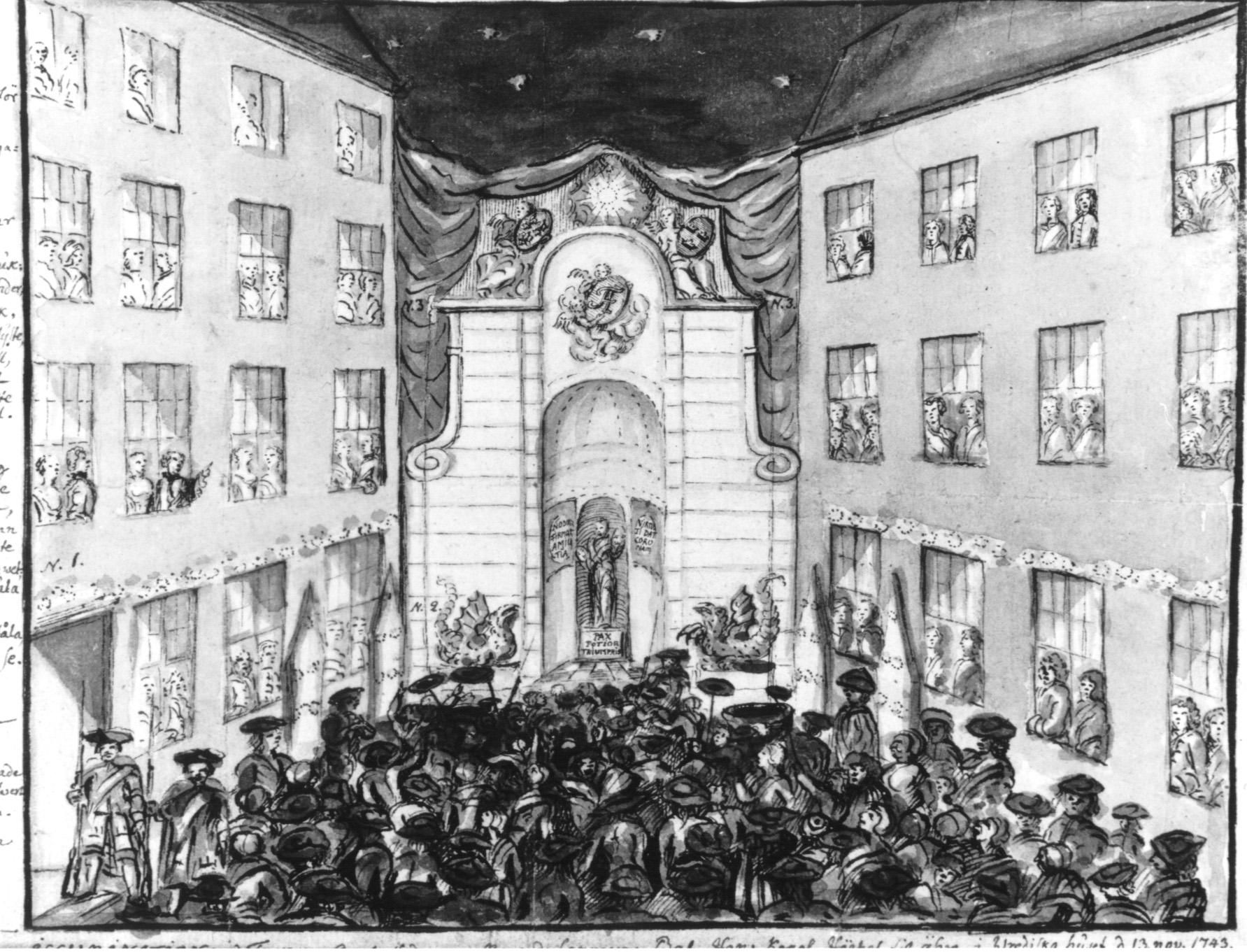 Wredeska huset i Stockholm den 13 november 1743. Frankrikes ambassadör håller bal för att fira Adolf Fredrik som nyss kommit till Sverige som tronföljare. En stor folkmassa tittar nyfiket på festligheterna.